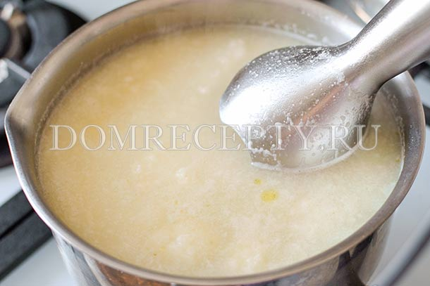 Измельчаем суп блендером