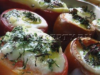 Запекаем фаршированные помидоры