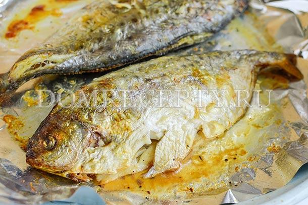 Рыба пампанито, запеченная в духовке