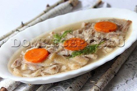 Холодец из свиных ножек - рецепт с фото