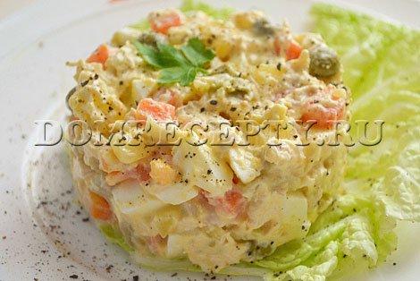 Салат «Оливье» с курицей - рецепт с фото
