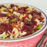 Салат из куриной печени с ягодным соусом - рецепт с фото