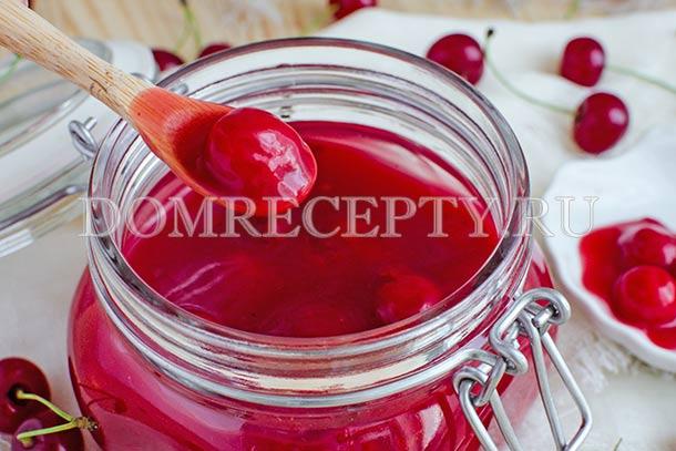 Сладкий соус из вишни