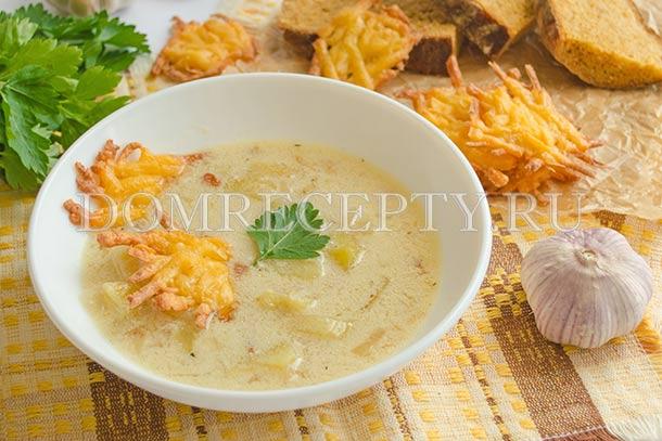 Суп с чесноком и сыром