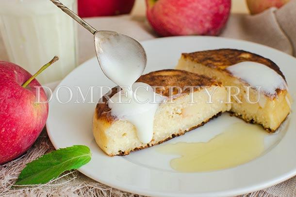 Сырники с яблоками на йогурте