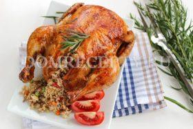 Курица, фаршированная рисом и запеченная в духовке
