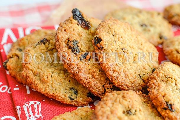 Овсяное печенье с изюмом без муки