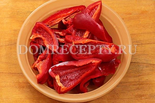Подготавливаем болгарский перец