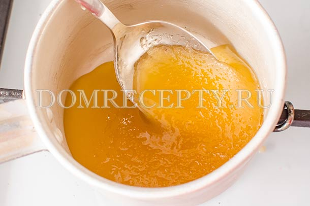Прогреваем засахарившийся мед