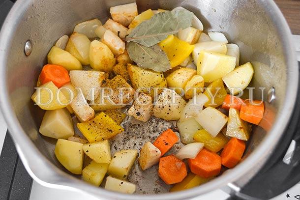 Отправляем овощи обжариваться