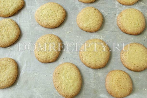 Готовые бисквитные лепешки для торта