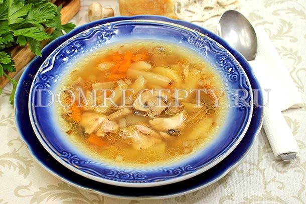 Грибной суп с курицей и шампиньонами