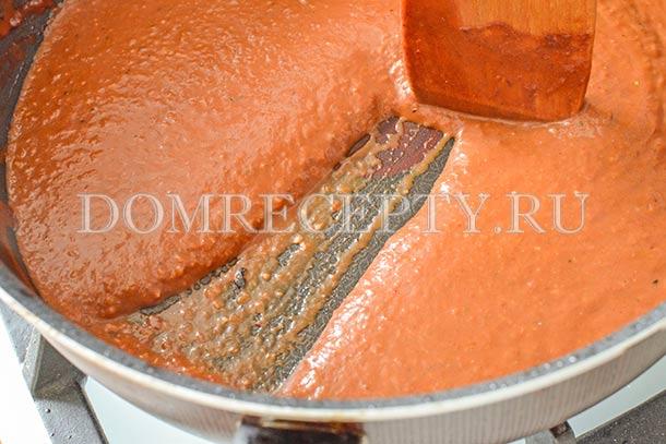 Загустевший шоколадный соус