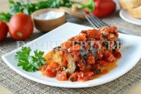 Баклажаны, запеченные с фаршем и помидорами