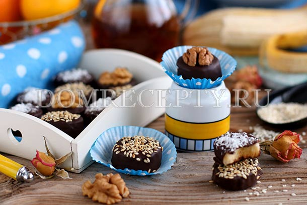 Десерт бананы в шоколаде