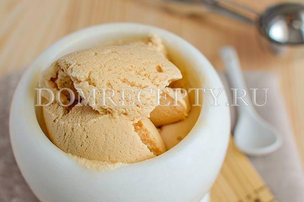 Домашнее мороженое крем-брюле
