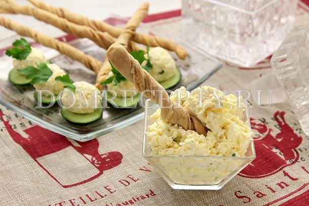 Еврейский салат с плавленым сыром
