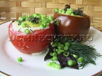 Фаршированные помидоры с сыром и яйцом