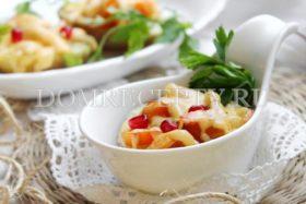 Картофель, фаршированный овощами