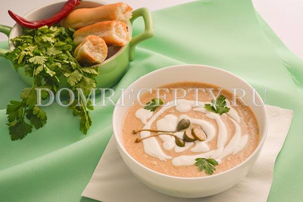 Суп-пюре из курицы с овощами и сливками