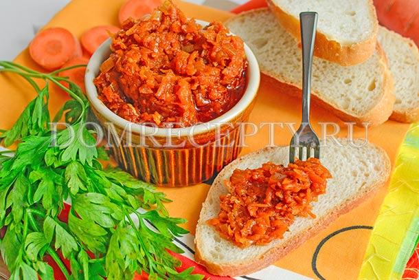 Морковная икра с томатной пастой