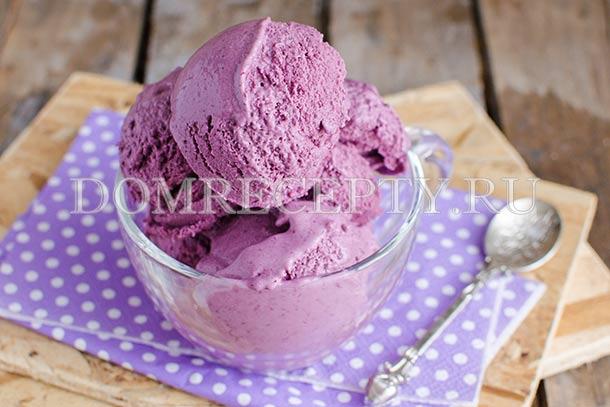 Мороженое из ежевики