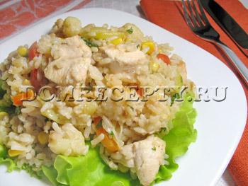 Паэлья с курицей, кабачком и цветной капустой