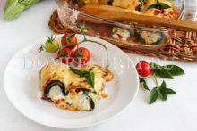 Кабачковые рулетики с сыром, запеченные в духовке