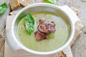Суп-пюре из баклажанов с печенью