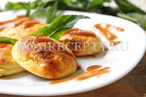 Сырники из творога, приготовленные в духовке