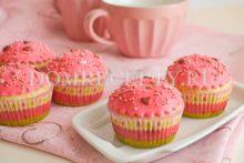 Ванильные кексы с клубничным вареньем