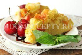 Пирог с яблоками и вишней на кефире